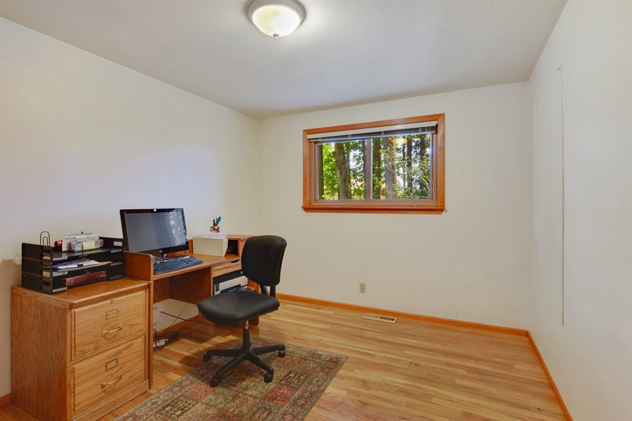 Real Estate Photography - 513 NW 197th St, Shoreline, WA, 98177 - 2nd Bedroom