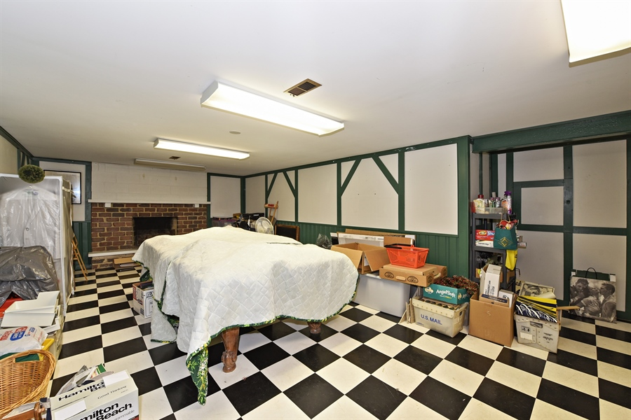 Real Estate Photography - 9 Charleston Rd, Hinsdale, IL, 60521 - Basement