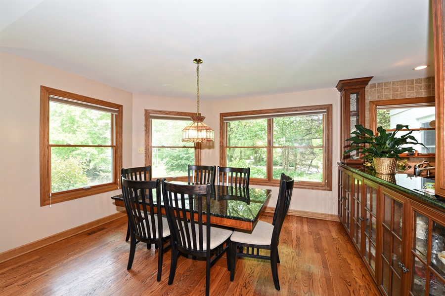 Real Estate Photography - 9 Charleston Rd, Hinsdale, IL, 60521 - Breakfast Area