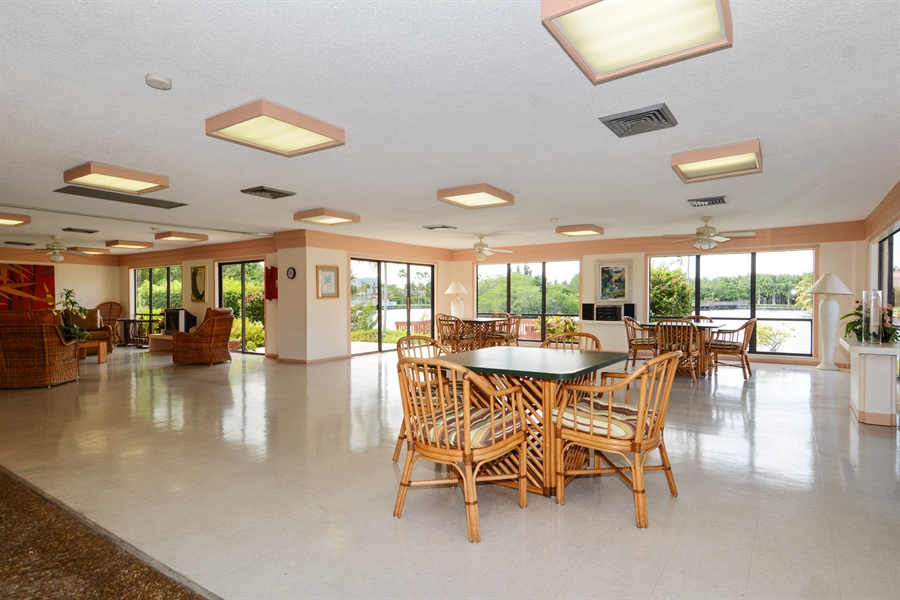 Real Estate Photography - 520 SE 12th St, Unit 103, Dania Beach, FL, 33004 - Clubhouse