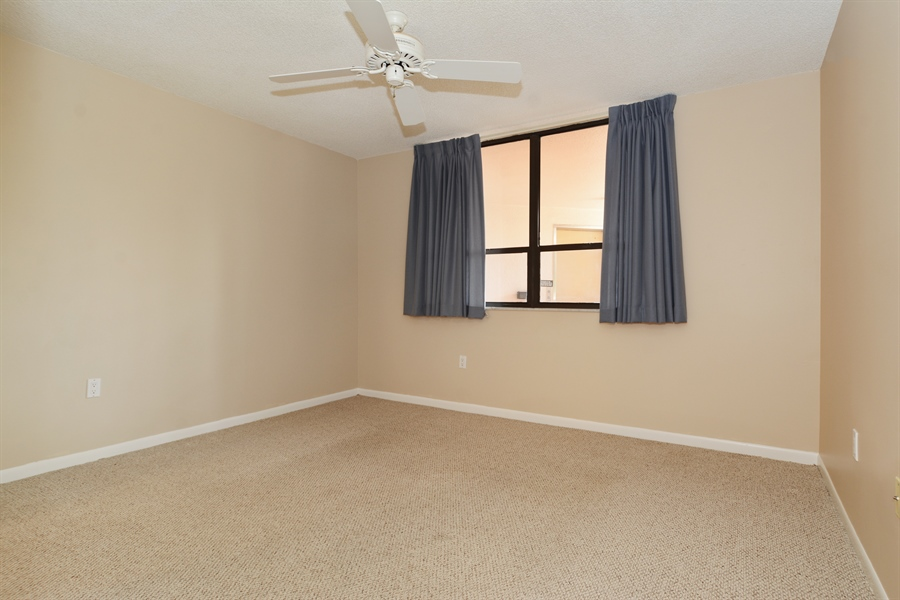 Real Estate Photography - 520 SE 12th St, Unit 103, Dania Beach, FL, 33004 - Bedroom