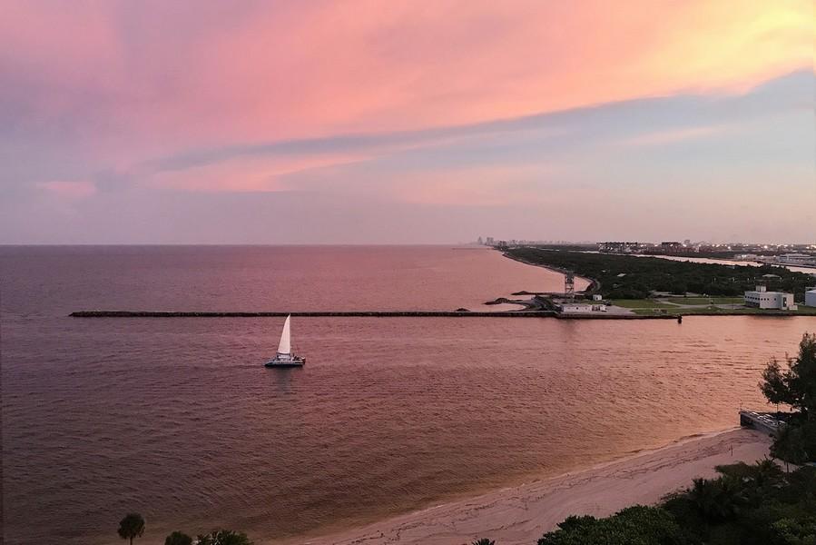 Real Estate Photography - 2100 S Ocean Ln 1503, Fort Lauderdale, FL, 33316 - Sunset