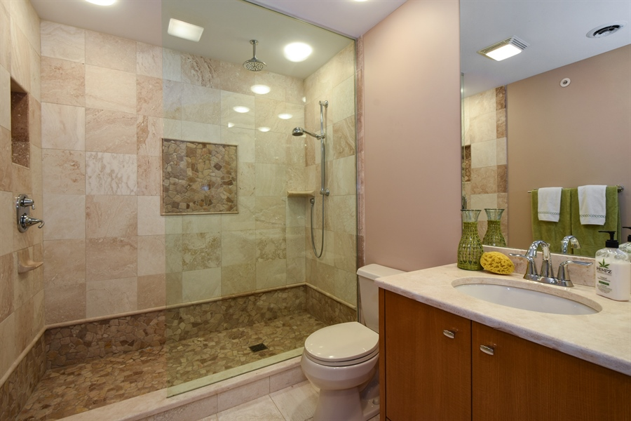 Real Estate Photography - 3929 Forest Fork, Long Grove, IL, 60047 - 5th Bathroom