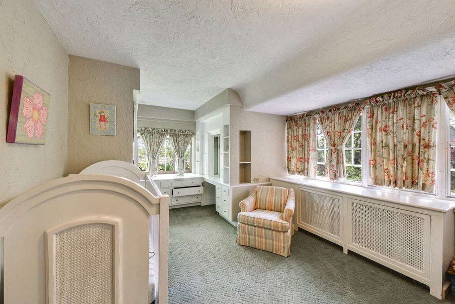 Real Estate Photography - 707 Taft Rd, Hinsdale, IL, 60521 - Bedroom