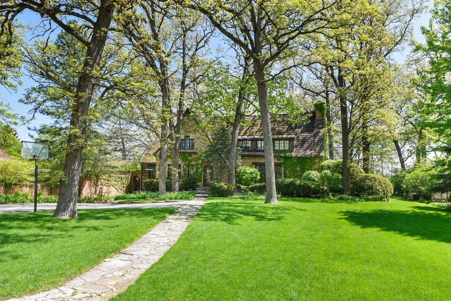 Real Estate Photography - 707 Taft Rd, Hinsdale, IL, 60521 - Front View