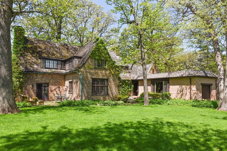 Real Estate Photography - 707 Taft Rd, Hinsdale, IL, 60521 - Rear View