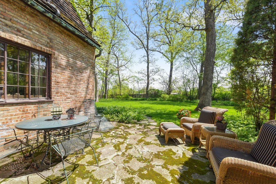 Real Estate Photography - 707 Taft Rd, Hinsdale, IL, 60521 - Patio