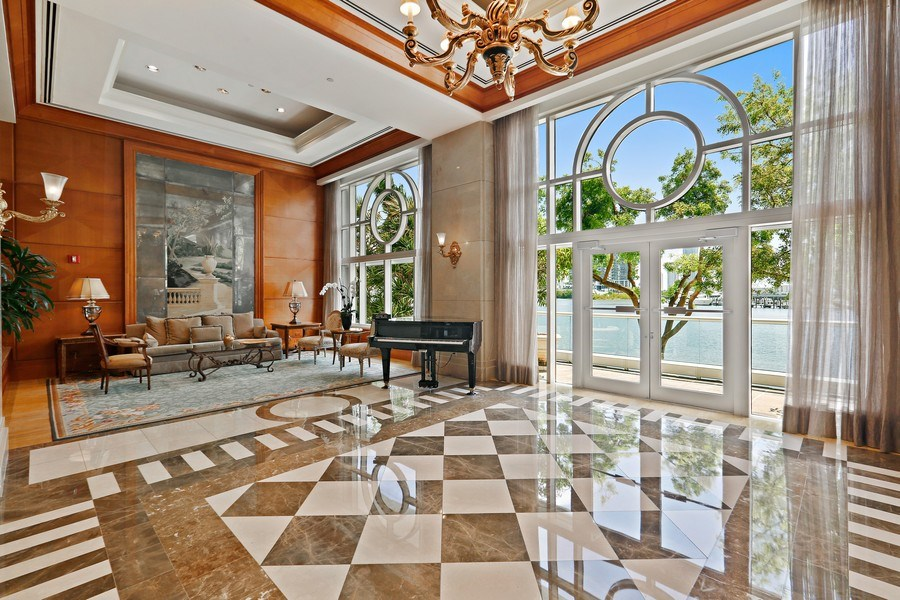 Real Estate Photography - 7000 Island Blvd, Apt 902, Aventura, FL, 33160 - Building Main Lobby