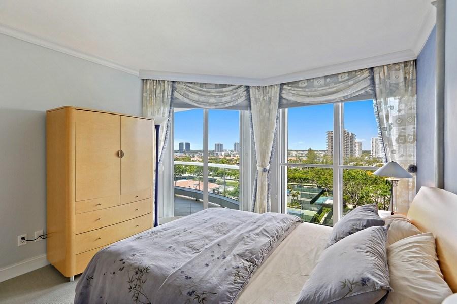 Real Estate Photography - 7000 Island Blvd, Apt 902, Aventura, FL, 33160 - 2nd Bedroom