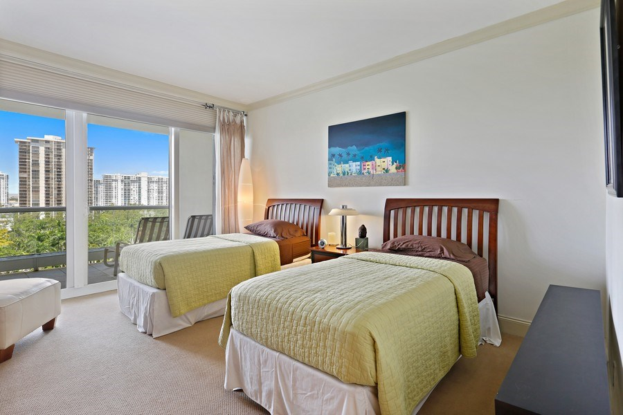 Real Estate Photography - 7000 Island Blvd, Apt 902, Aventura, FL, 33160 - 3rd Bedroom