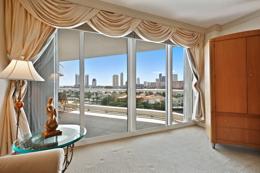 Real Estate Photography - 7000 Island Blvd, Apt 902, Aventura, FL, 33160 - Master Bedroom