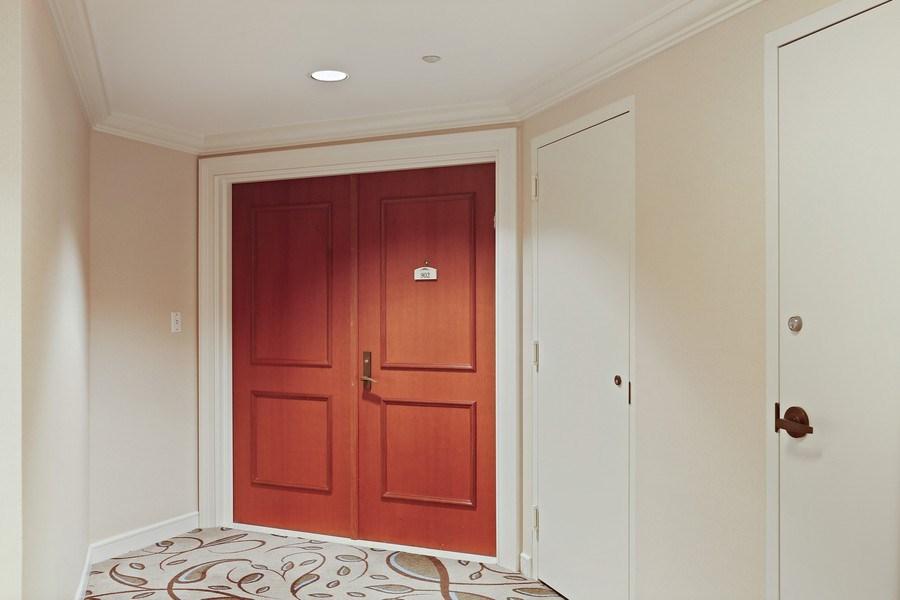 Real Estate Photography - 7000 Island Blvd, Apt 902, Aventura, FL, 33160 - Entrance