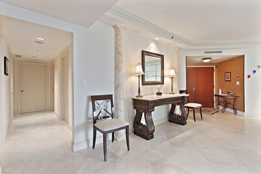 Real Estate Photography - 7000 Island Blvd, Apt 902, Aventura, FL, 33160 - Interior space next to Living room