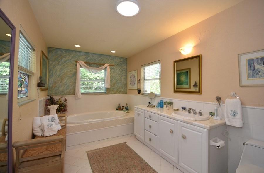 Real Estate Photography - 1209 SE 11 Court, Fort Lauderdale, FL, 33316 - Master Bathroom