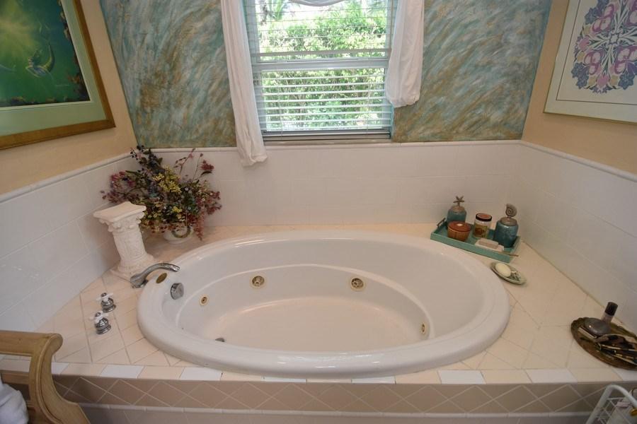 Real Estate Photography - 1209 SE 11 Court, Fort Lauderdale, FL, 33316 - Spa