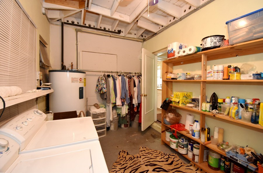 Real Estate Photography - 1209 SE 11 Court, Fort Lauderdale, FL, 33316 - Laundry Room