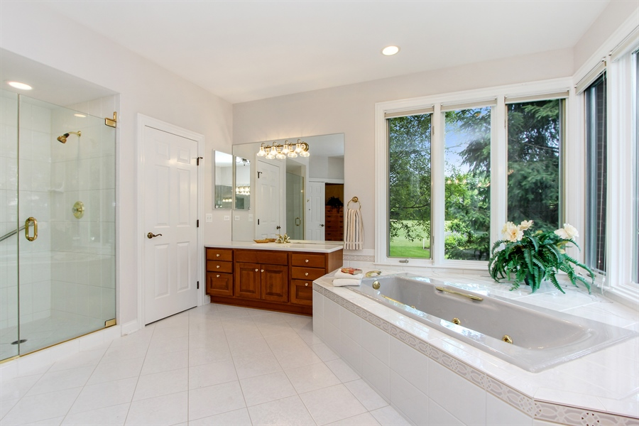 Real Estate Photography - 4760 Doncaster Court, Long Grove, IL, 60047 - Master Bath
