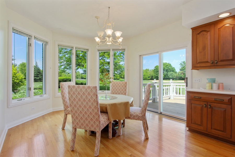 Real Estate Photography - 4760 Doncaster Court, Long Grove, IL, 60047 - Eating Area