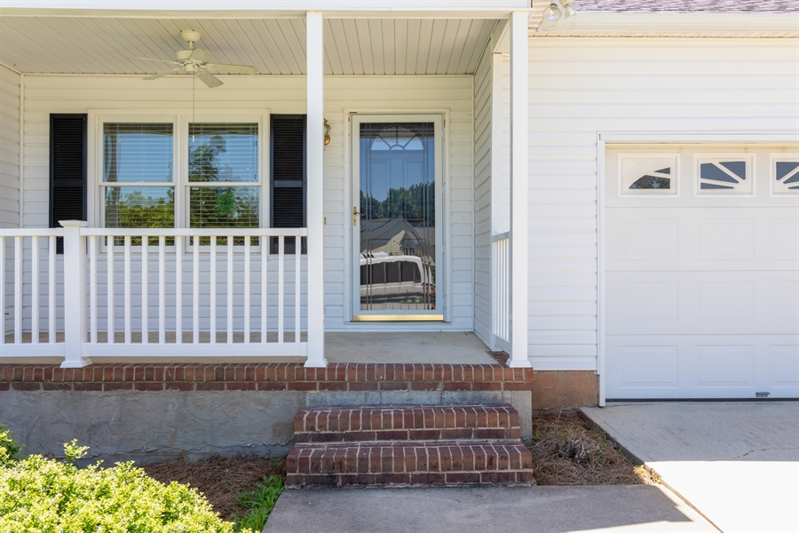 Real Estate Photography - 315 FAIRWOOD DR, GREENVILLE, SC, 29617 -