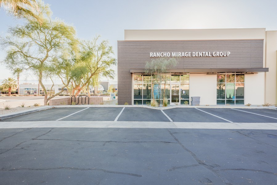 Real Estate Photography - 71-817 Hwy 111, Suite C,Rancho Mirage Dental Group, Rancho Mirage, CA, 92270 - Front View