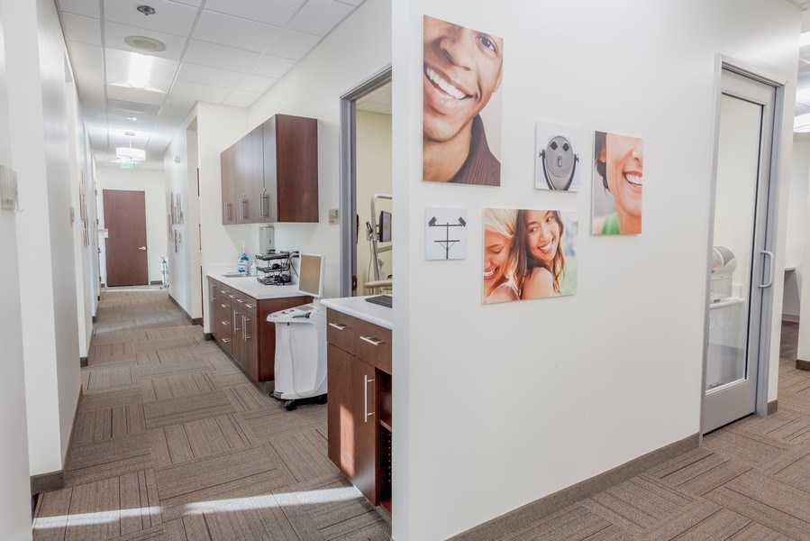 Real Estate Photography - 71-817 Hwy 111, Suite C,Rancho Mirage Dental Group, Rancho Mirage, CA, 92270 - Hallway