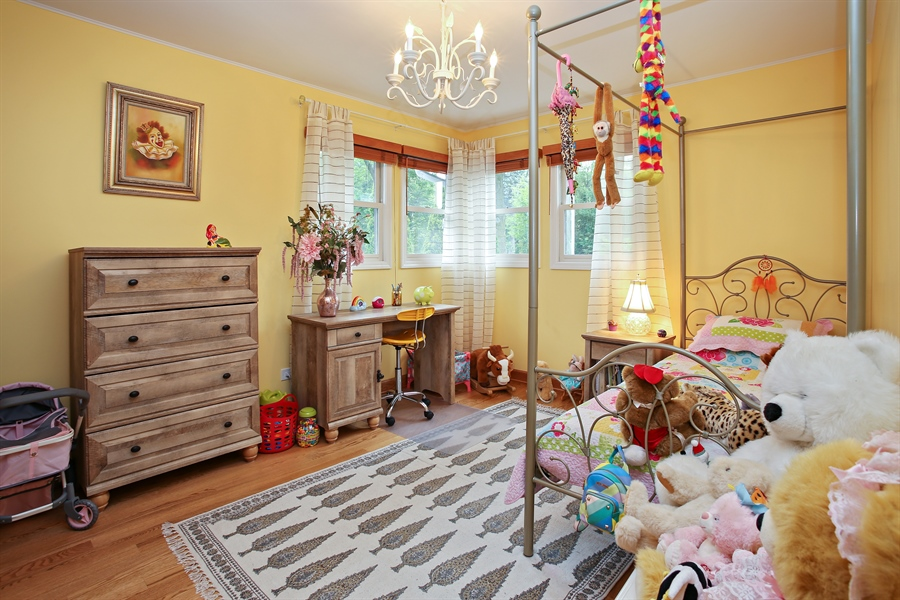 Real Estate Photography - 136 E Morrison Ave, Mount Prospect, IL, 60056 - 2nd Bedroom