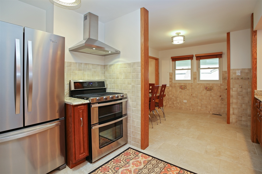 Real Estate Photography - 136 E Morrison Ave, Mount Prospect, IL, 60056 - Kitchen