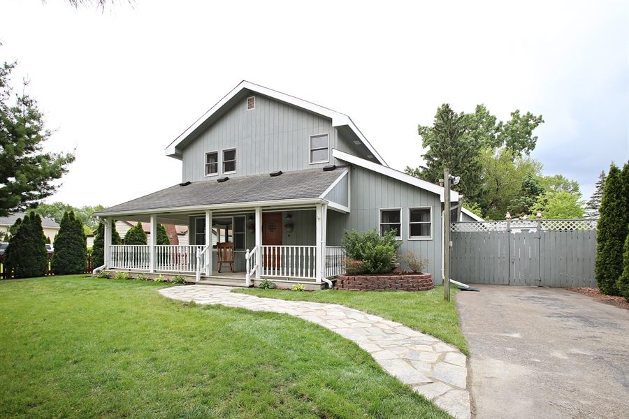 Real Estate Photography - 136 E Morrison Ave, Mount Prospect, IL, 60056 - Front View