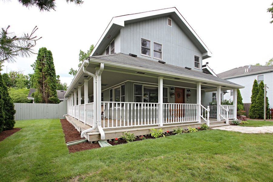 Real Estate Photography - 136 E Morrison Ave, Mount Prospect, IL, 60056 - Side View