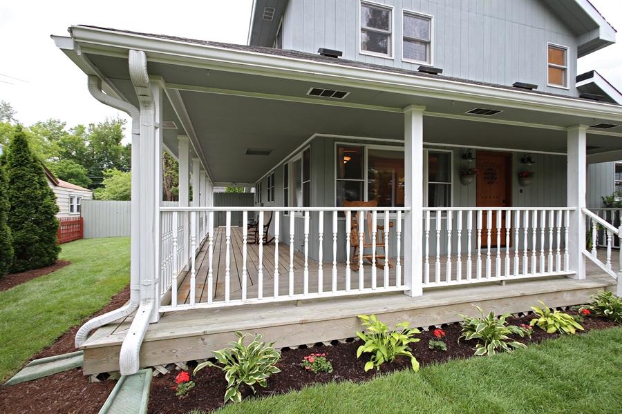 Real Estate Photography - 136 E Morrison Ave, Mount Prospect, IL, 60056 - Porch