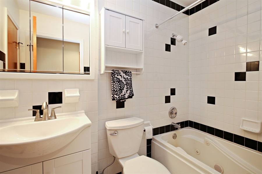 Real Estate Photography - 136 E Morrison Ave, Mount Prospect, IL, 60056 - 2nd Bathroom
