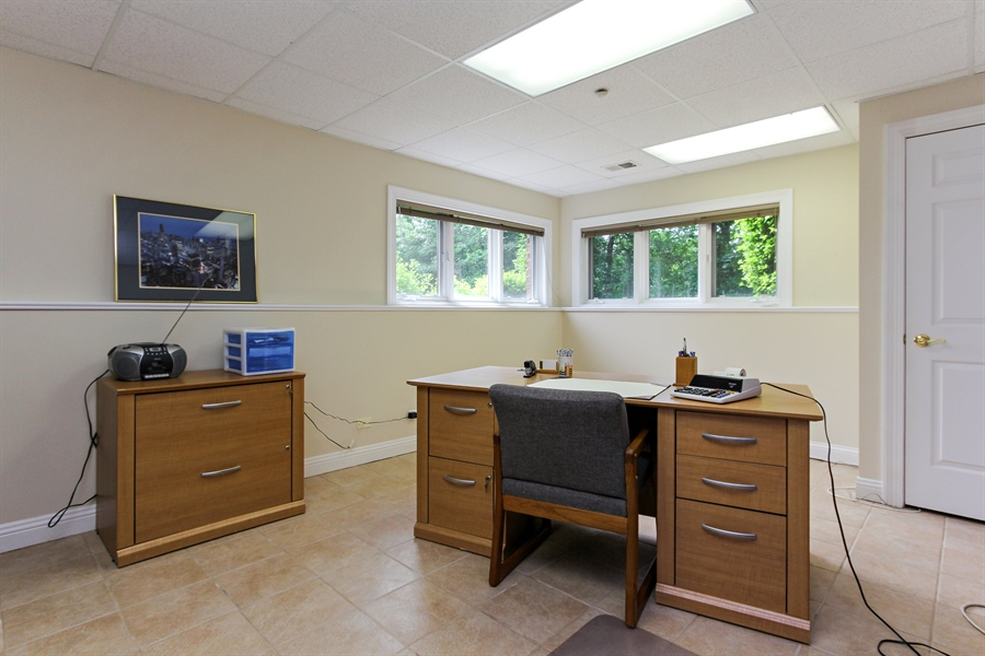 Real Estate Photography - 4442 Stonehaven Dr, Long Grove, IL, 60047 - Office