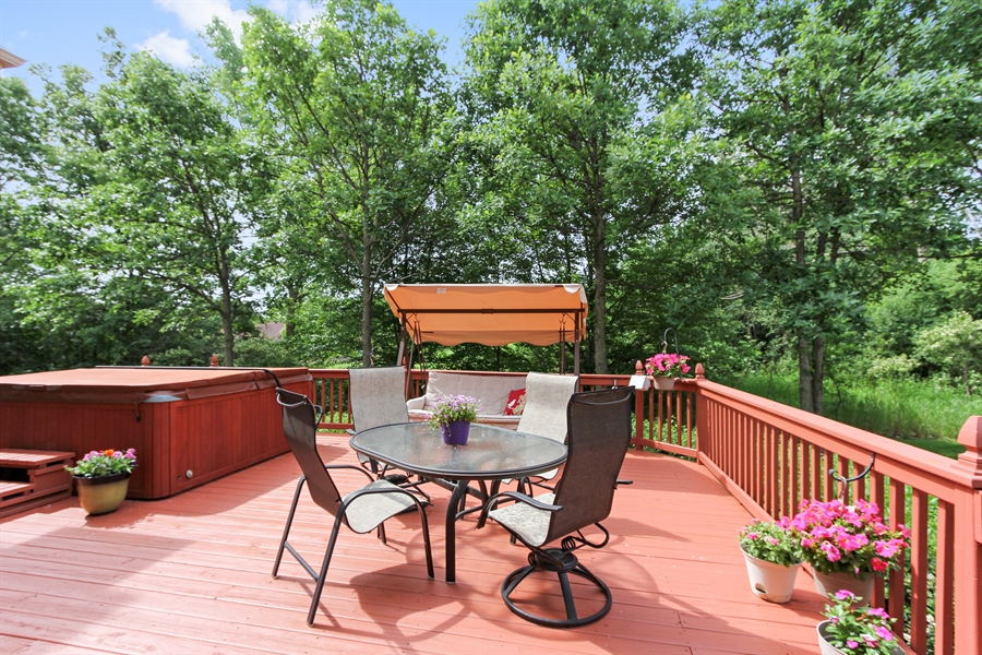 Real Estate Photography - 4442 Stonehaven Dr, Long Grove, IL, 60047 - Deck