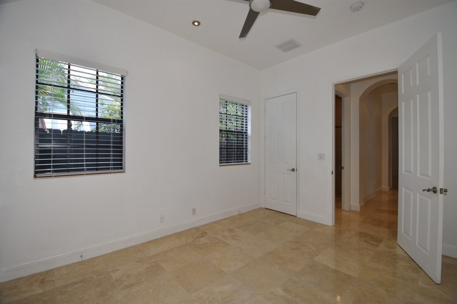 Real Estate Photography - 400 NE 11th Ave, Ft. Lauderdale, FL, 33301 - Bedroom