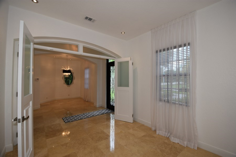Real Estate Photography - 400 NE 11th Ave, Ft. Lauderdale, FL, 33301 -
