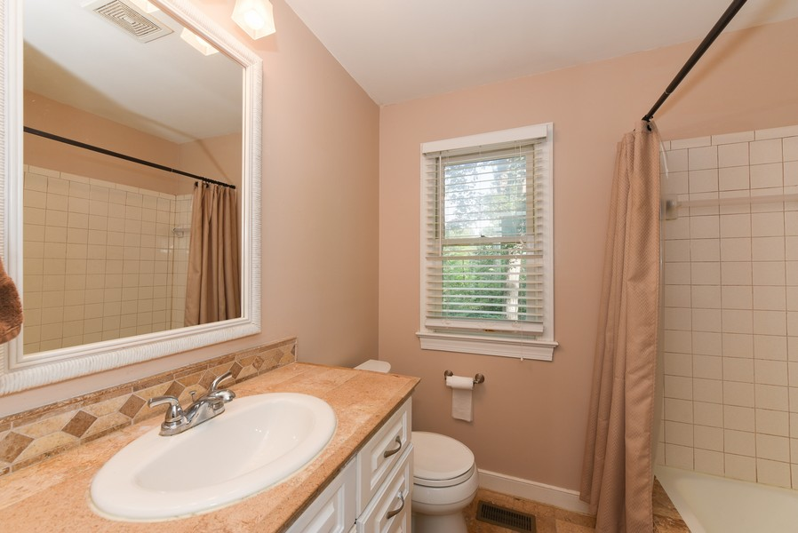Real Estate Photography - 307 Winterberry Ln, Smithfield, VA, 23430 - Master Bath