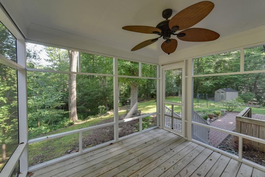 Real Estate Photography - 307 Winterberry Ln, Smithfield, VA, 23430 - Screened In Porch