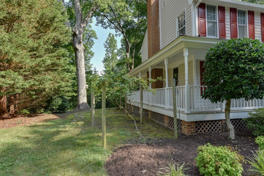 Real Estate Photography - 307 Winterberry Ln, Smithfield, VA, 23430 - Side