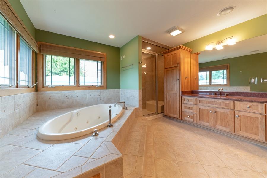 Real Estate Photography - 21333 Saddle Lane, Mokena, IL, 60448 - Master Bathroom