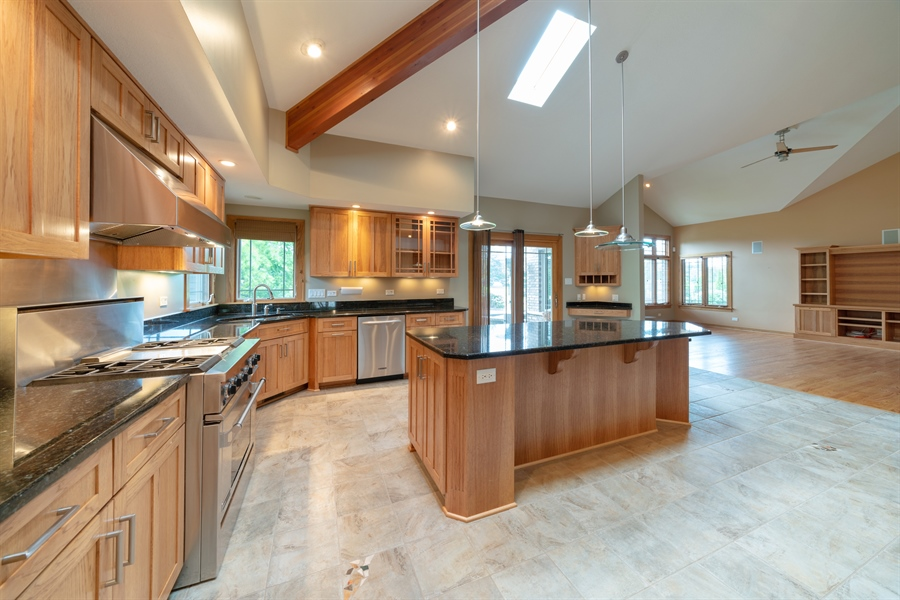 Real Estate Photography - 21333 Saddle Lane, Mokena, IL, 60448 - Kitchen
