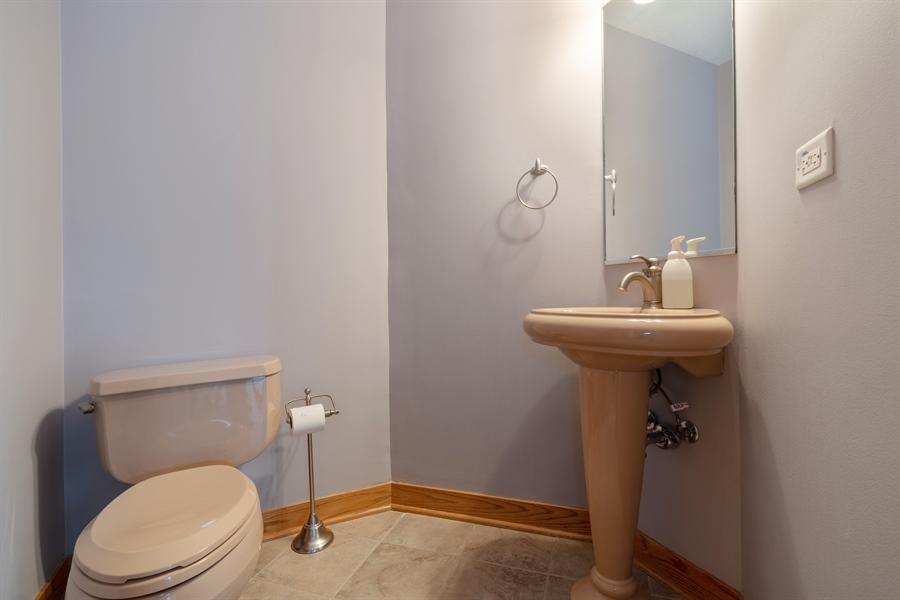 Real Estate Photography - 21333 Saddle Lane, Mokena, IL, 60448 - Powder Room