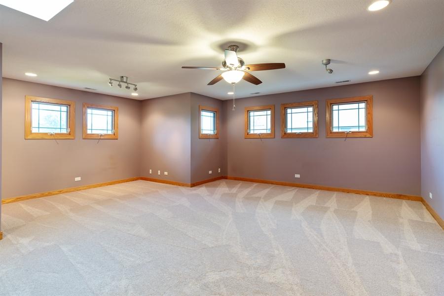 Real Estate Photography - 21333 Saddle Lane, Mokena, IL, 60448 - Loft
