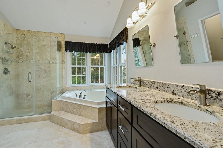 Real Estate Photography - 21345 W Williamsburg Ct, Kildeer, IL, 60047 - Master Bathroom