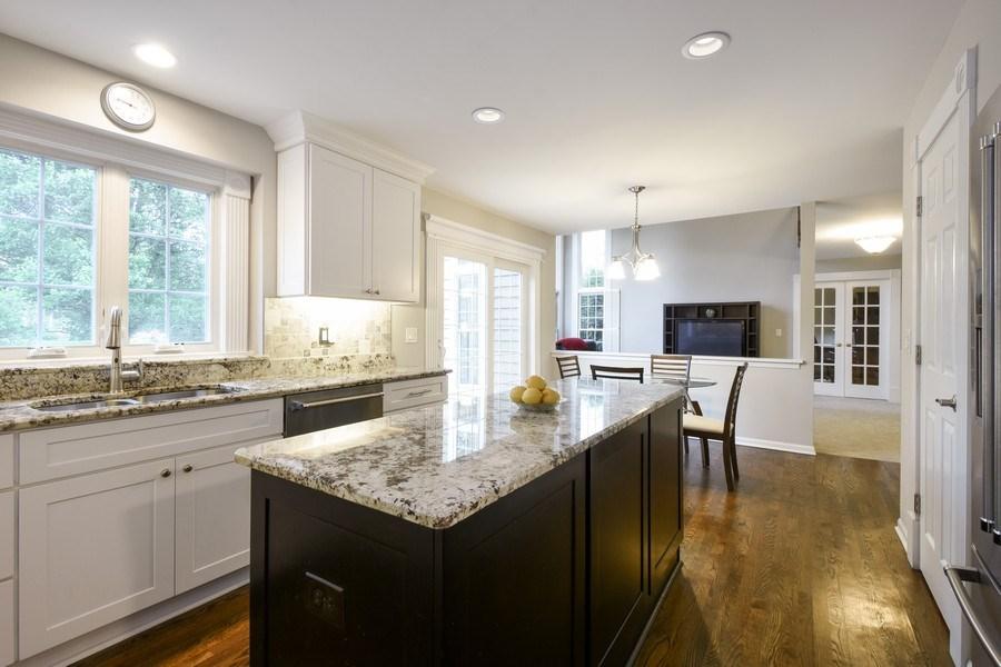 Real Estate Photography - 21345 W Williamsburg Ct, Kildeer, IL, 60047 - Kitchen