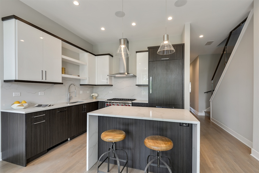 Real Estate Photography - 2649 N Mildred, Unit #3N, Chicago, IL, 60614 - Kitchen