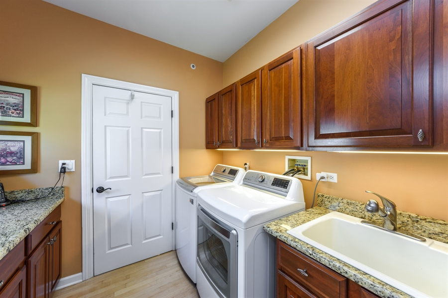 Real Estate Photography - 6322 Valley View, Long Grove, IL, 60047 - Mudroom