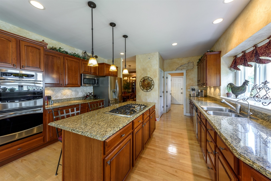 Real Estate Photography - 6322 Valley View, Long Grove, IL, 60047 - Kitchen