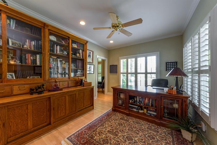 Real Estate Photography - 6322 Valley View, Long Grove, IL, 60047 - Office