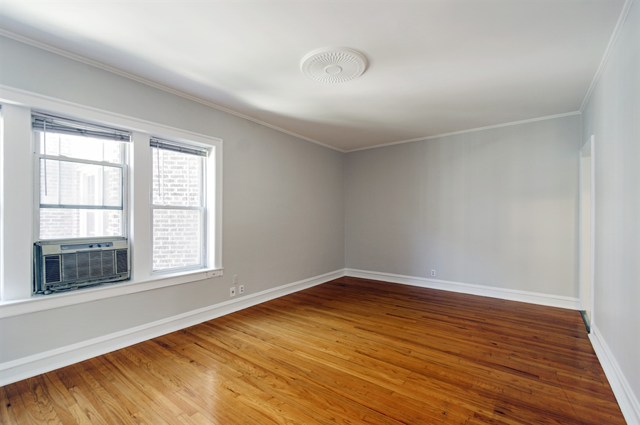 Real Estate Photography - 547 W. Addison St, Unit 2S, Chicago, IL, 60613 - Living Room