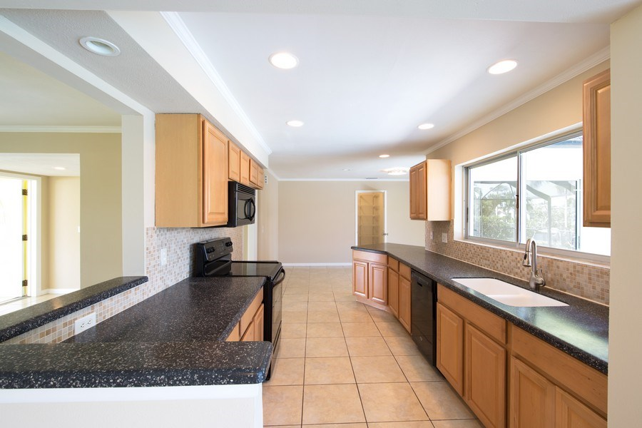 Real Estate Photography - 5217 SW 11TH AVE, CAPE CORAL, FL, 33914 -